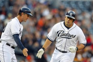 "Padres Have ""Growing Concern"" About Carlos Quentin's Knee Injury"