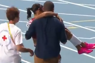 Allyson Felix Falls to Track Injured as Shelly-Ann Fraser-Pryce Sprints to Win