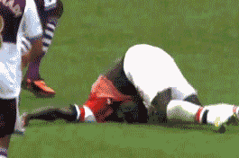 Sagna Takes Terrifying Fall