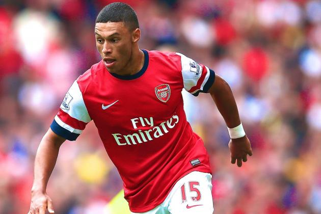 Alex Oxlade-Chamberlain Injury: Updates on Arsenal Star's Knee