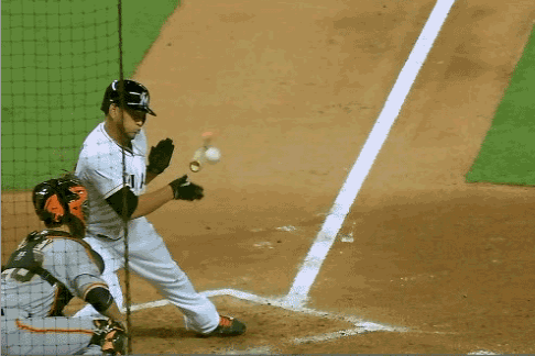 Miami Marlins P Henderson Alvarez Attempted a No-Hands Bunt