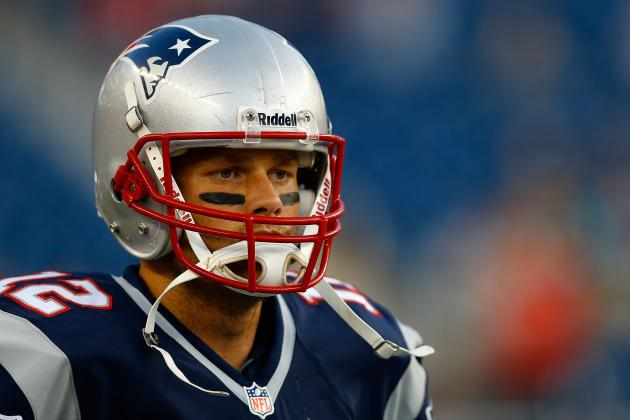 Tom Brady in Knee Brace at Robert Kraft's Request