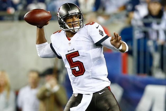 NFL Great Fran Tarkenton Thinks Bucaneers QB Josh Freeman 'Plays God Awful'