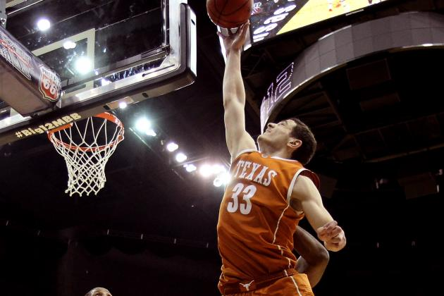 Texas Forward Ioannis Papapetrou Signs with Olympiakos B.C.