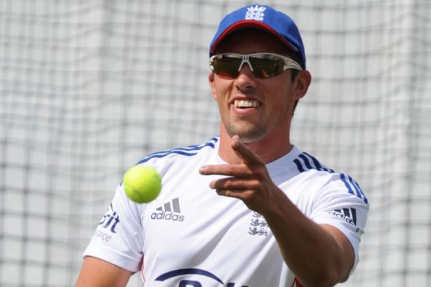 England Hand Simon Kerrigan and Chris Woakes Debuts in Final Ashes Test