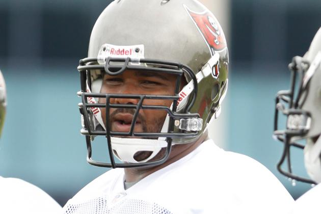 Carl Nicks Injury: Buccaneers Guard Could Miss a Month with Infected Blister