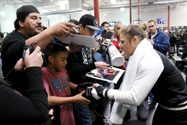 Rousey Should Follow Carano to Hollywood Sooner Rather Than Later