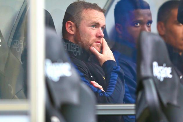Wayne Rooney Left in Limbo by Chelsea as Jose Mourinho Plays Waiting Game