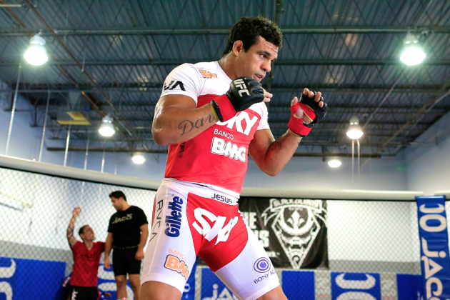 Vitor Belfort Says Chael Sonnen Is 'Very Afraid' to Fight Him