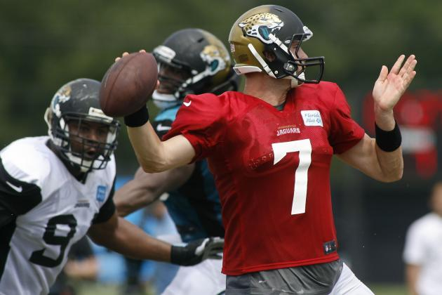 OC Fisch Says Henne at QB 'Business as Usual'