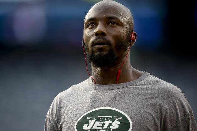 Some in Jets Organization Believe Santonio Milking Foot Injury