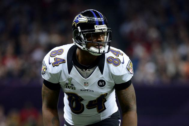 Right Hamstring Keeps Dickson out vs. Panthers