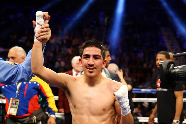 Victor Terrazas vs. Leo Santa Cruz: Fight Time, Date, Live Stream, TV Info, More