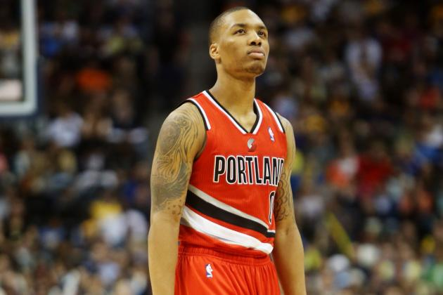 Blazers G Damian Lillard Raps 20 Bars in Interview