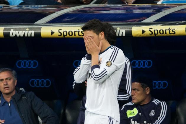 Could Gareth Bale's Arrival Force Mesut Özil to Move from Real Madrid?
