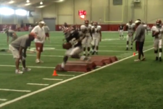 Video: Alabama Crimson Tide RBs and DBs Train in Practice