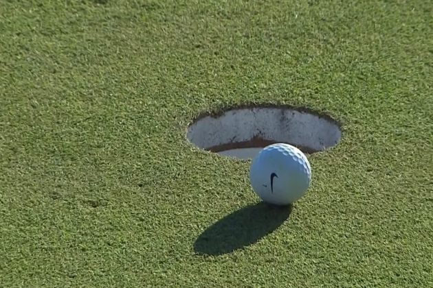 Tiger Woods Leaves Birdie Putt on 18th Hole an Inch Short