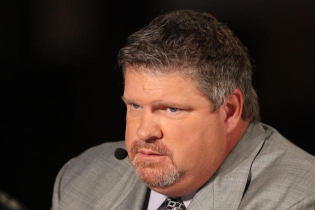 John Kruk Reportedly Leaves Dodger Stadium Press Box on Stretcher