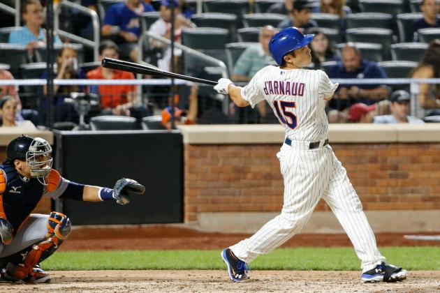 Watch: D'Arnaud Hits 1st HR of MLB Career