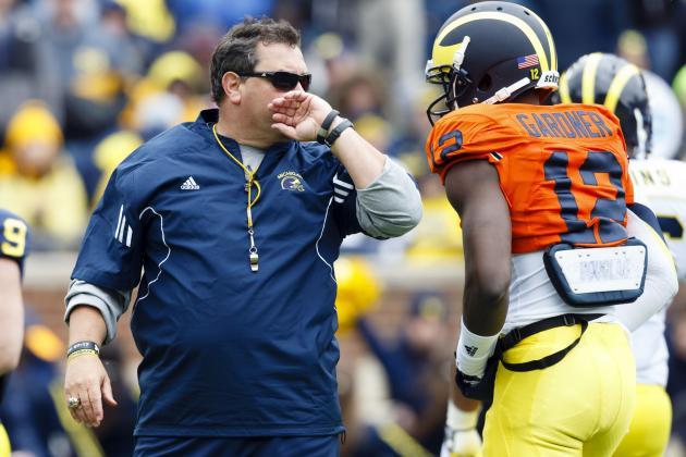 Michigan Football: Brady Hoke Smart to Do Away with Spread Offense