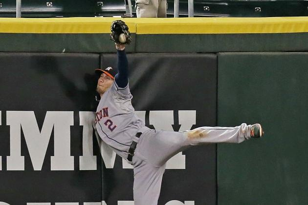 Brandon Barnes Makes Incredible Leaping Catch to Rob Adam Dunn