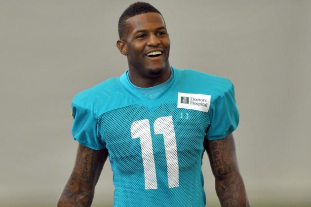 Dolphins' Mike Wallace Becoming a Better Blocker