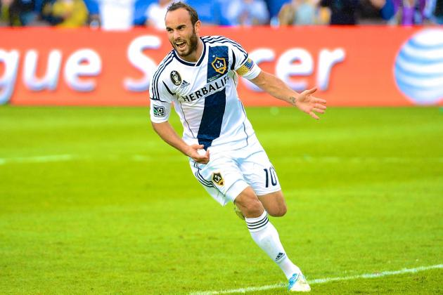 Landon Donovan Signs Contract Extension with LA Galaxy