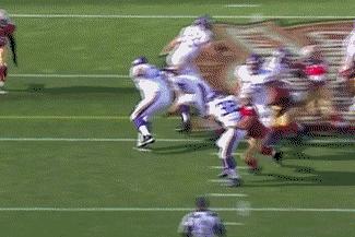 GIF: San Francsico 49ers DE Justin Smith Destroys Vikings RB Toby Gerhart