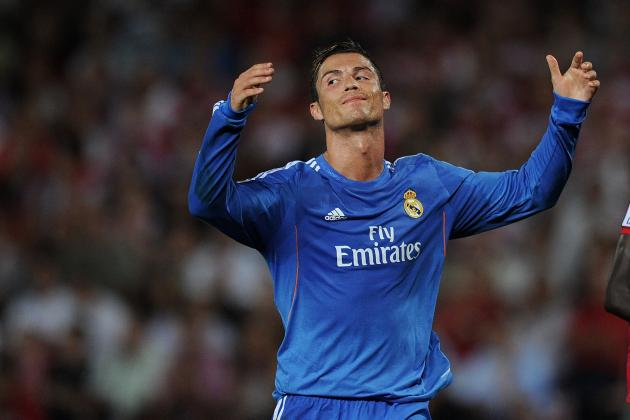 Cristiano Ronaldo's Manchester United Interest Will Distract Real Madrid in 2013
