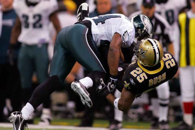 We Remember: Reggie Bush Gets Lit Up by the Eagles' Sheldon Brown