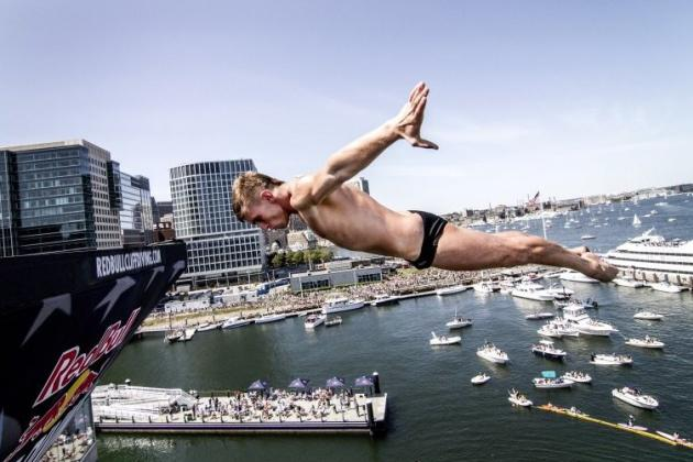VIDEO: Red Bull Cliff Diving at Boston's ICA