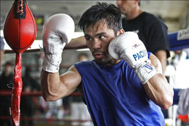 Pacquiao Seemingly Unphased by Ankle, Relaxed in Training