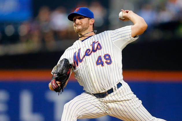 Niese Throws 3-Hit Shutout, Comes Up Big at Plate