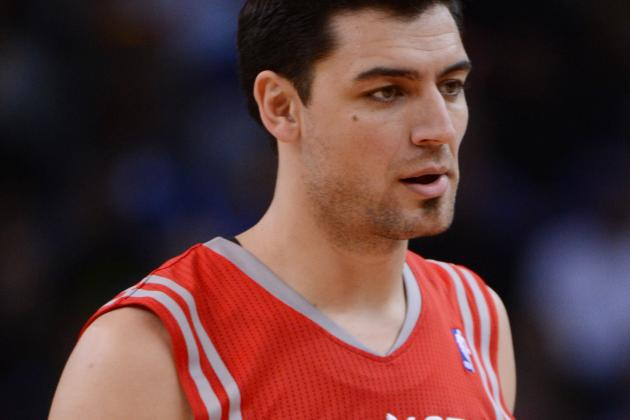 Report: Bucks Carlos Delfino Could Miss Start of Season Due to Foot Surgery