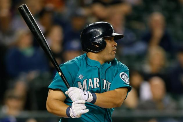 Report: Morales to Remain with M's After Not Being Traded in Window