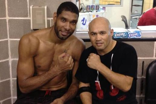 Tim Duncan Does Boxing Training with Jesse James Leija