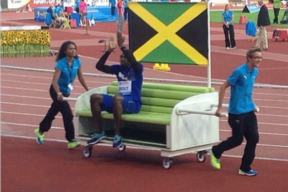 Instagram: Usain Bolt Wheeled into Stadium on Couch