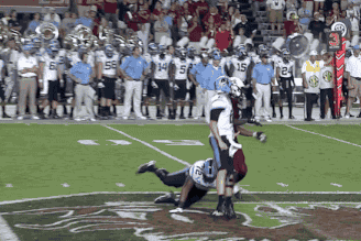 UNC Tackle Cuts Jadeveon Clowney from Behind After the Ball Is Thrown