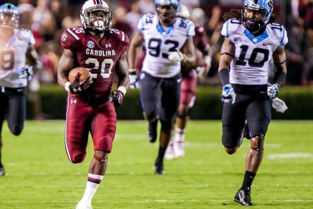 South Carolina Football: RB Mike Davis, O-Line Steal the Show in Week 1
