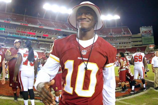 Robert Griffin III Tweets He's Been Cleared to Play 8 Months After Knee Surgery