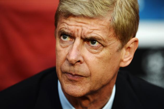 Wenger Promises Not to Panic Buy