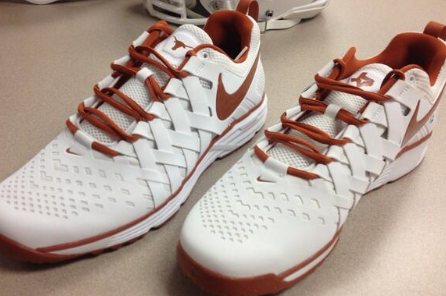 Photo: Texas Football Will Sport New Nike Kicks For Pregame Walkthrough