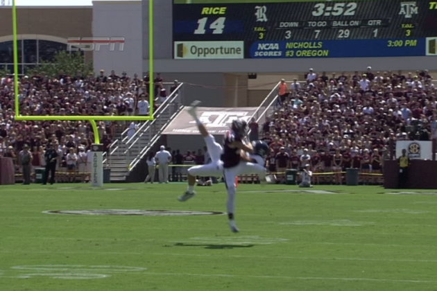 Rice's Jordan Taylor Jumps Up to Make Incredible Catch