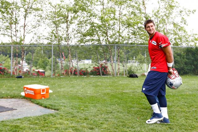 Tim Tebow Is in Football Purgatory and He Hasn't Really Sinned