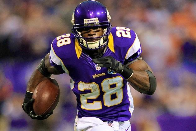 Adrian Peterson Says He'll 'Definitely' Break the Single-Season Rushing Record