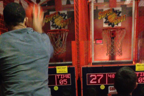 Denver Nuggets C JaVale McGee Crushes a Kid at Arcade Basketball