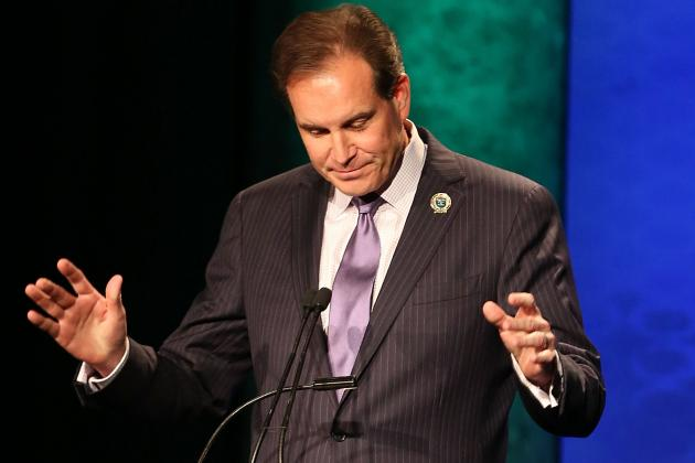 How Jim Nantz Single-Handedly Saved