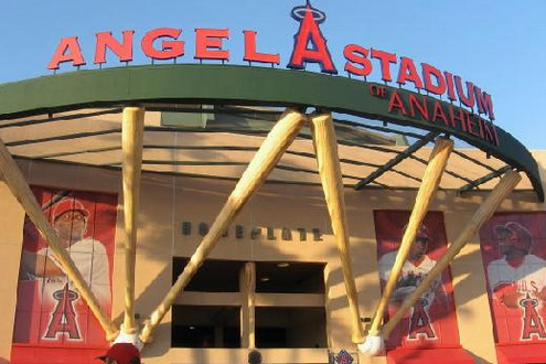 Anaheim City Council and Angels to Enter Lease Talks