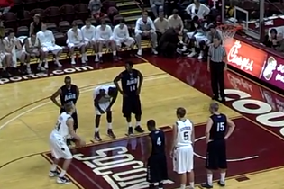Rick Barry's Son Plays at Charleston, Shoots Free Throws Underhand (VIDEO)