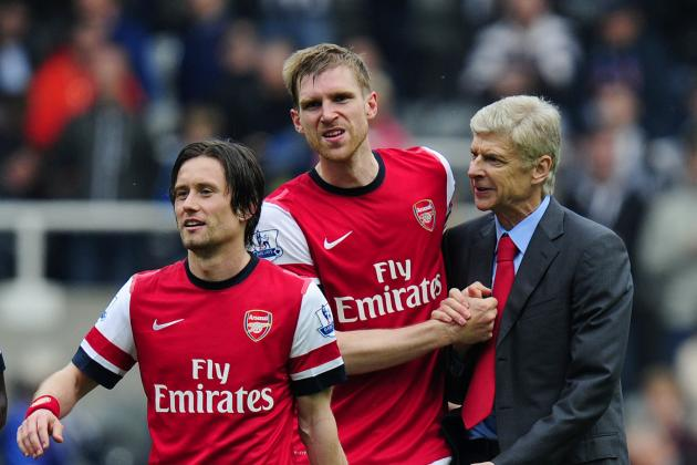 Arsenal Transfer News: Contract Extensions a Deserved Reward in Gunners' Crisis